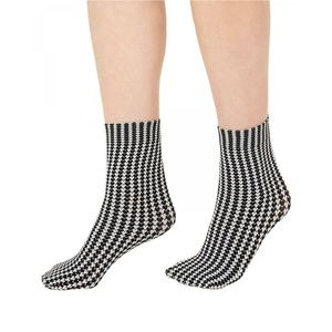 NWT INC Houndstooth Anklet Socks